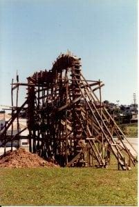 Escultura em homenagem ao povoamento açoriano em Florianópolis, SC.
