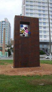 Escultura Imigração Alemã em Florianópolis, por Guido Heuer